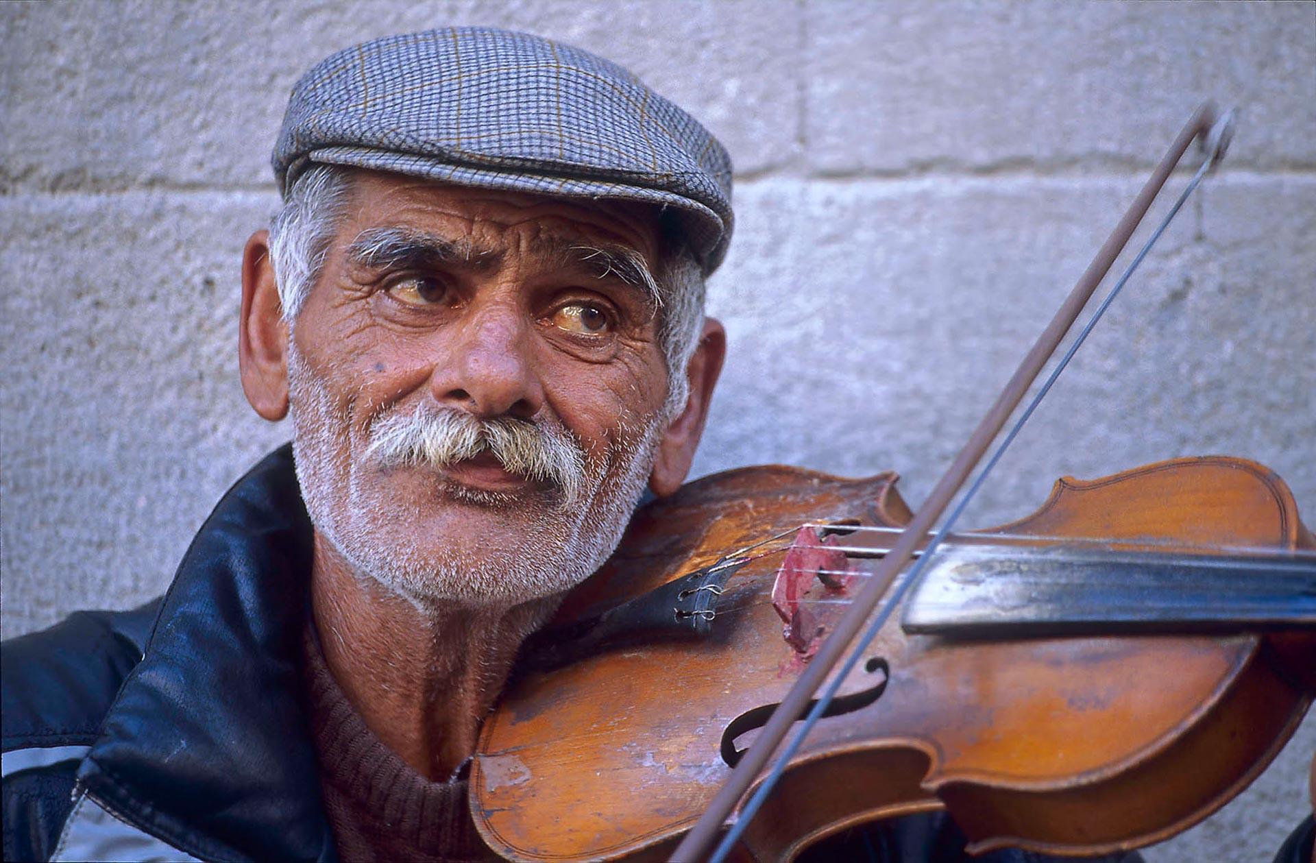Geigenspieler in Belgrad