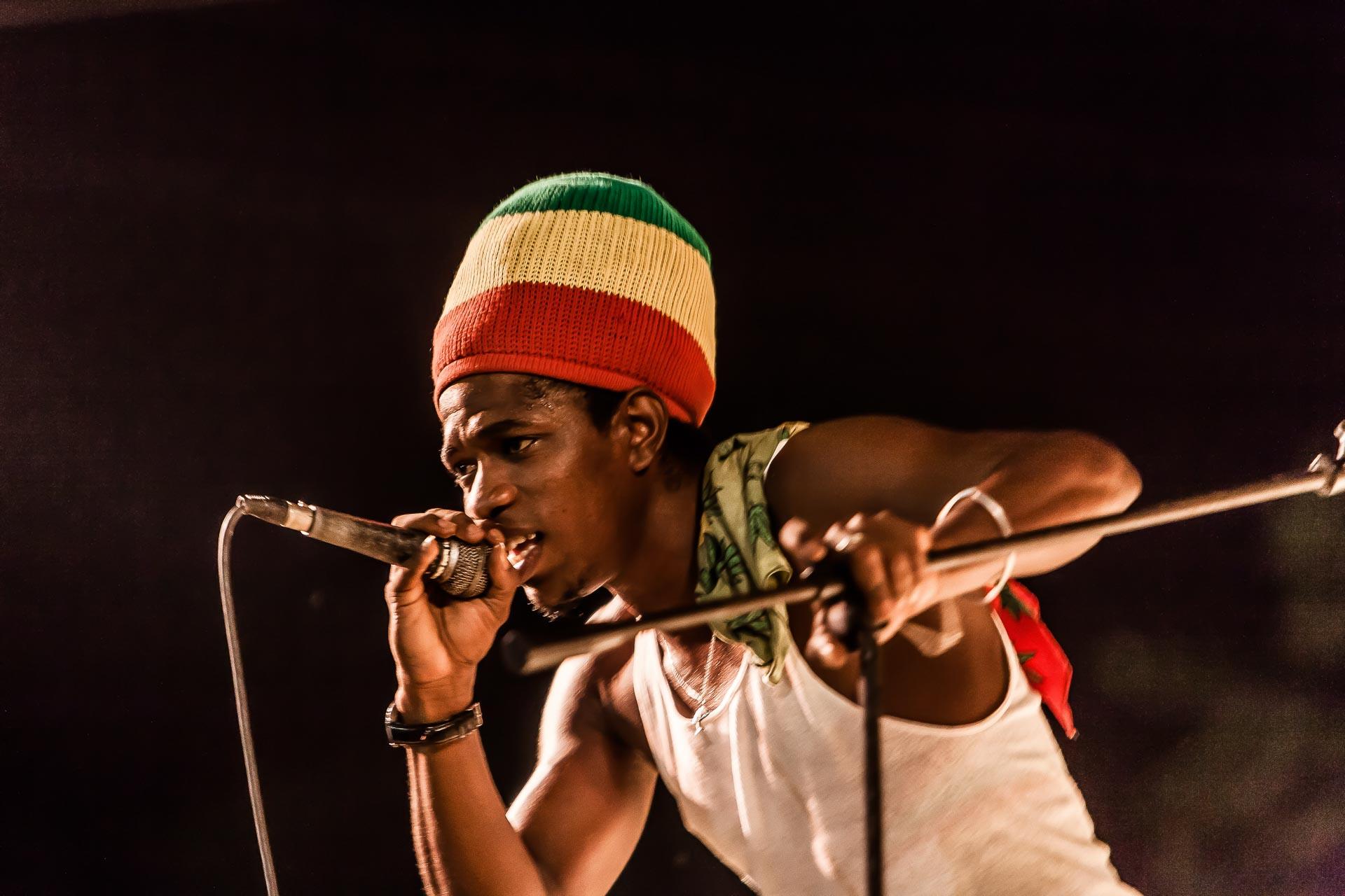 Kubanischer Sänger