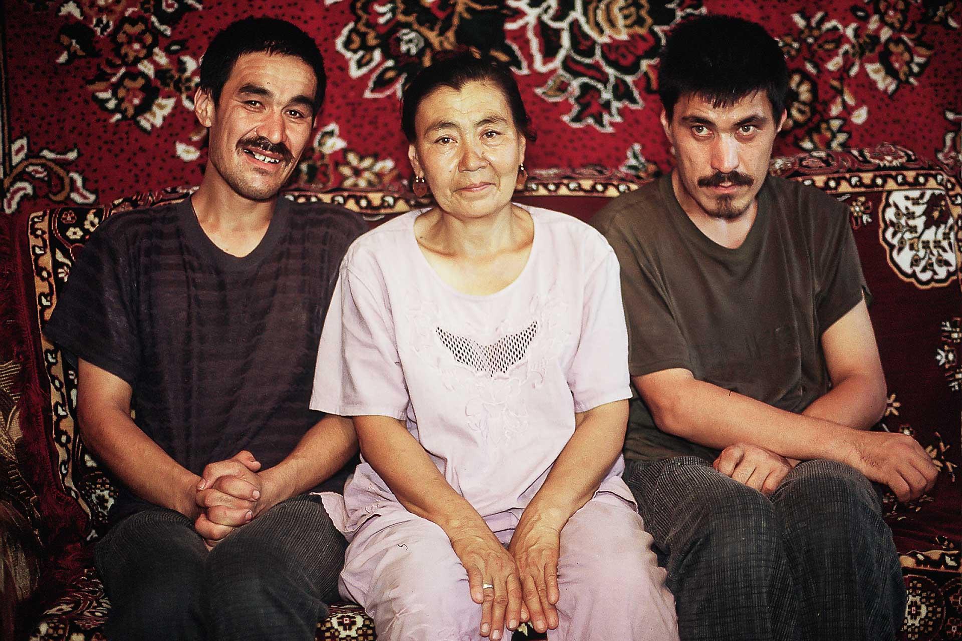 Mutter mit behinderten Söhnen